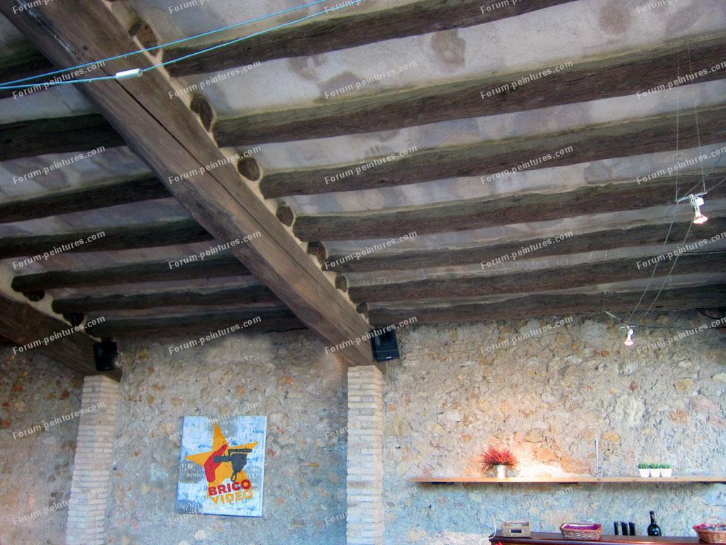 bricovid o conseils astuces bricolage probl me pour peindre des poutres plafond d 39 une cuisine. Black Bedroom Furniture Sets. Home Design Ideas